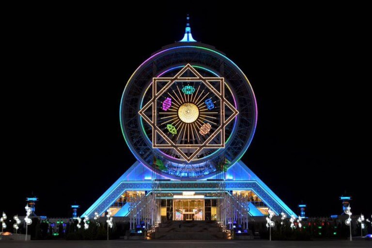 World S Tallest Indoor Ferris Wheel Protected By Lumiflon